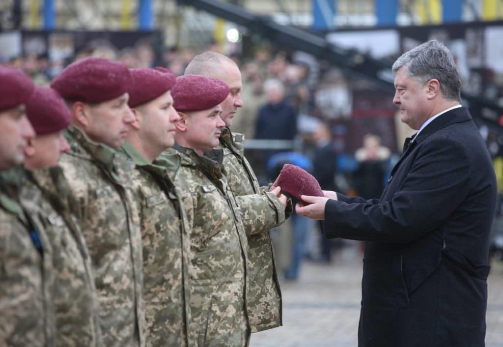 Петро Порошенко: Зпочатку АТО загинули 469 українських десантників