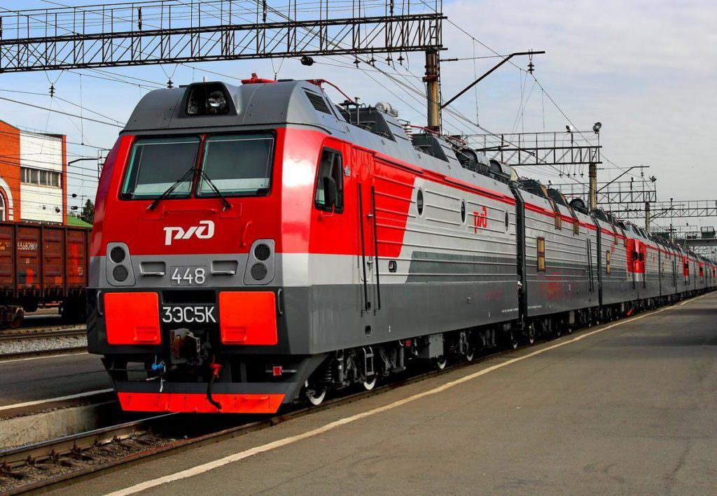 Вобхід України Росія запускає пасажирські поїзди