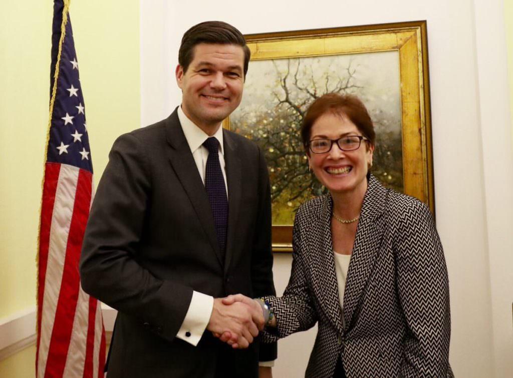 Помічник держсекретаря США зпитань Європи Мітчелл прибув вУкраїну— посольство