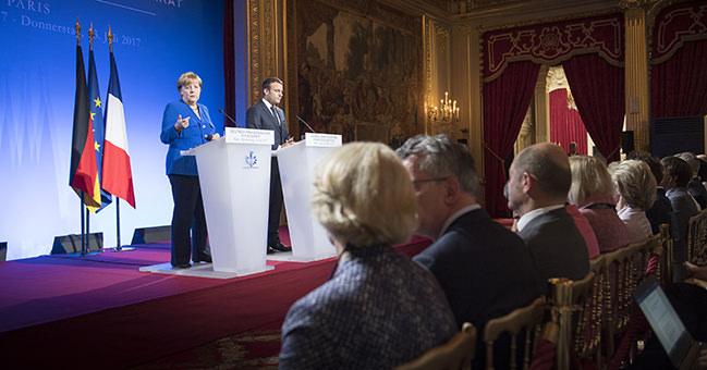 Меркель і Макрон вітають обмін полоненими наУкраїні