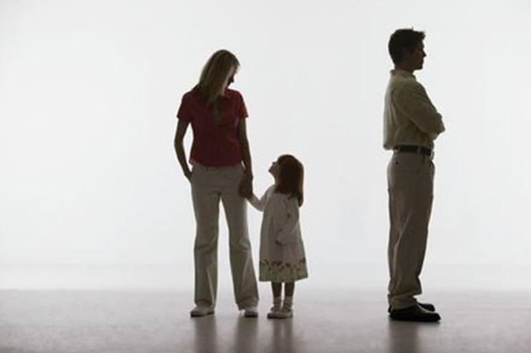 Працівники прикарпатської юстиції дбають, аби діти отримували належні їм аліменти
