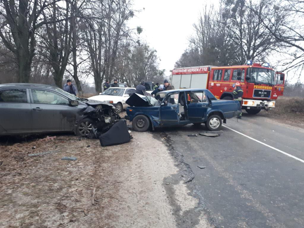 НаЧеркащині уДТП постраждали шестеро людей