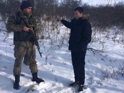 Росіянин незаконно перетнув кордон зУкраїною і попросив статус біженця