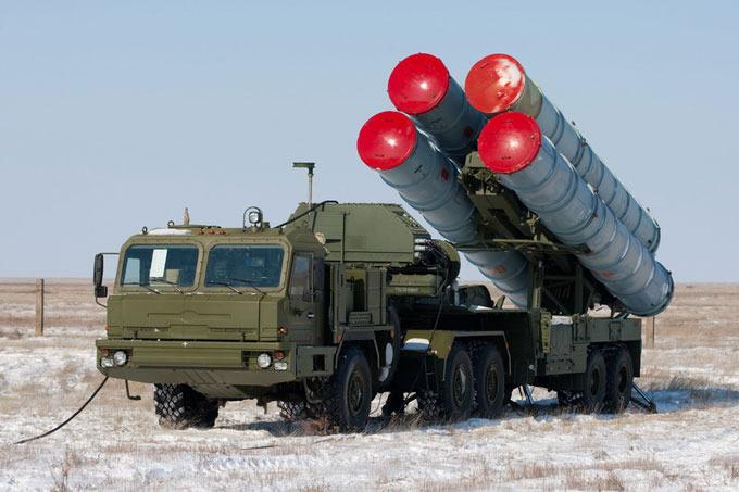 Новий фронт: Росія перекинула доКриму потужний ракетний комплекс