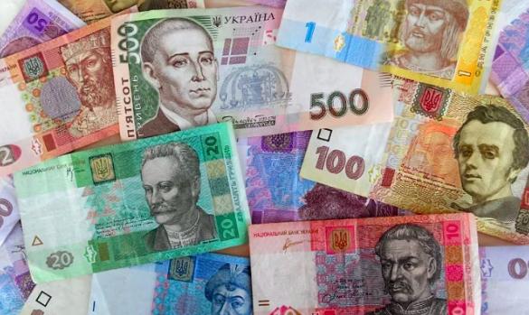 Франківські депутати не зможуть виділяти кошти зі свого фонду без погодження з секретарем міськради