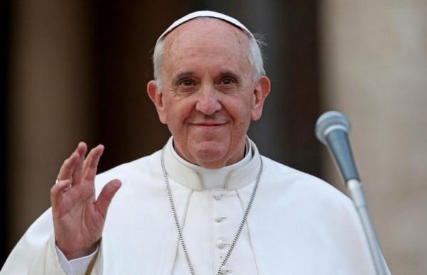 Папа Римський увеликодньому зверненні згадав Україну