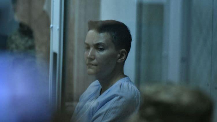 fa116ddd633640 Суд на Савченко: депутат вимагає привозити її на засідання Ради в автозаку
