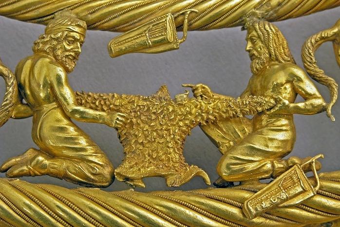 Картинки по запросу фото скифского золота