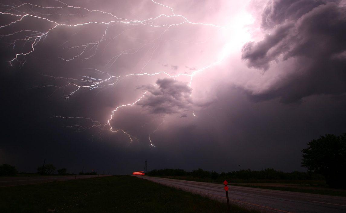 Сильні дощі та грози не відступають -на Миколаївщиніжовтий рівень небезпеки