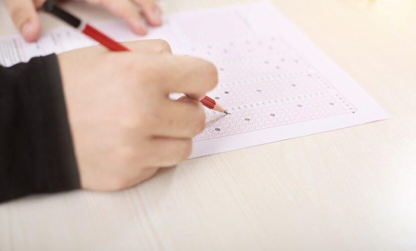 Кожен третій школяр провалив ЗНО з математики