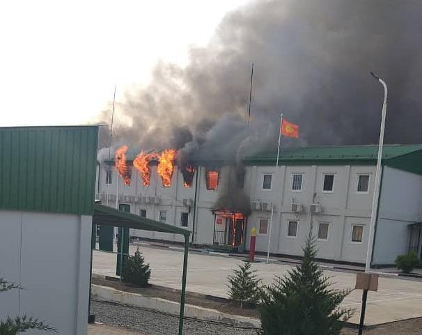 Через конфлікт між Киргизстаном та Таджикистаном загинуло понад 30 осіб