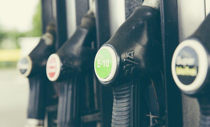 На українських заправках може повністю зникнути найпопулярніший бензин